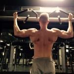 Klimmzüge: Die beste Übung um an jedem Ort Muskeln aufzubauen